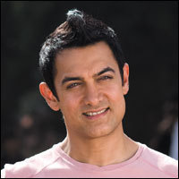 Aamir Khan New Hair style in bollywood Film Delhi Belly
