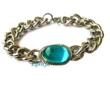 Salman Khan's blue sapphire bracelet